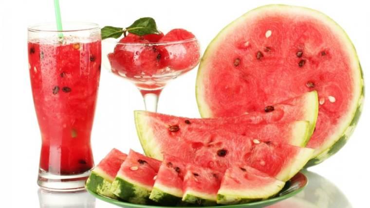 Proprietà dell'anguria, il frutto con cui affrontare l'Estate