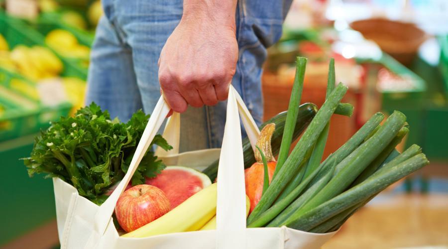 Guida alla spesa sostenibile: ecco qualche consiglio utile per acquistare responsabilmente